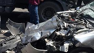Flaş .. Viranşehir yolunda kaza: 2 Ölü, 4 Yaralı
