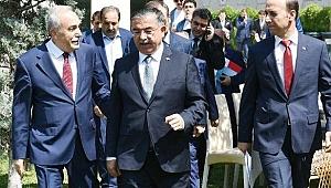 Bakanlar, Urfa'nın eğitim sorunları için bir araya geldi