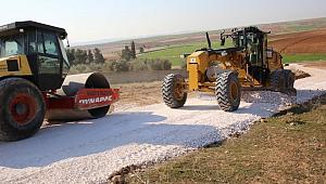 Haliliye kırsalında yol yapım çalışmaları sürüyor
