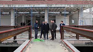 Demirkol yarı olimpik yüzme havuzu inşaatını inceledi