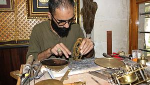 Eski tekniklerle Usturlabı Urfa'da üretiyor