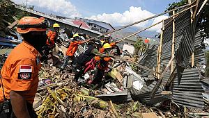 Deprem Hayatı Felç Etti