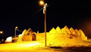 Harran'da turistik noktalar aydınlatıldı