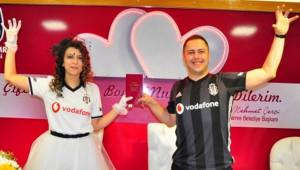 Nikah İçin Beşiktaş'ın Yıl Dönümünü Seçtiler