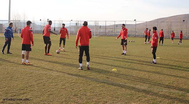 Urfa'da oynayacakları maça hazırlanıyorlar