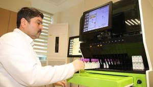 Harran Tıp'ta yeni hemogram cihazı hizmete alındı