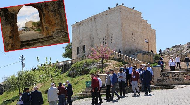 Asırlık türbe Urfa'da ziyaretçilerini bekliyor