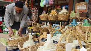 Cilt sorunlarına eşek sütüyle mücadele