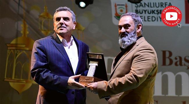 Dursun Ali Erzincanlı Urfa'da konser verdi