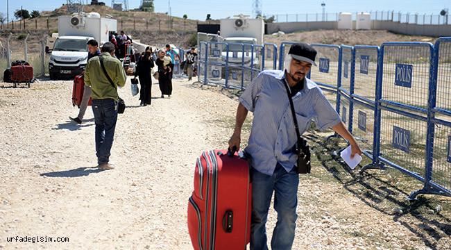 20 bin Suriyeli Türkiye'ye dönmeyecek
