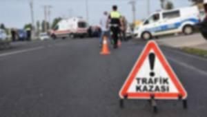 Otomobille Ticari Araç Çarpıştı; 7 Yaralı
