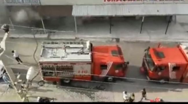 Veysel Karani Mahallesinde Yangın