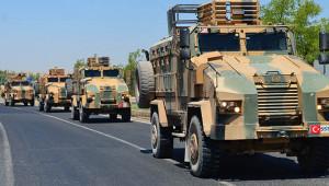 Askeri araçlar Akçakale'ye ulaştı