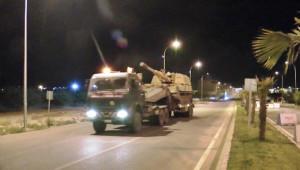 Gece yarısı sınıra askeri sevkiyat