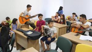 Haliliye'de gitar ve müzik kurslarına ilgi