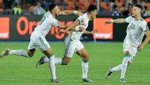 Şampiyon Cezayir