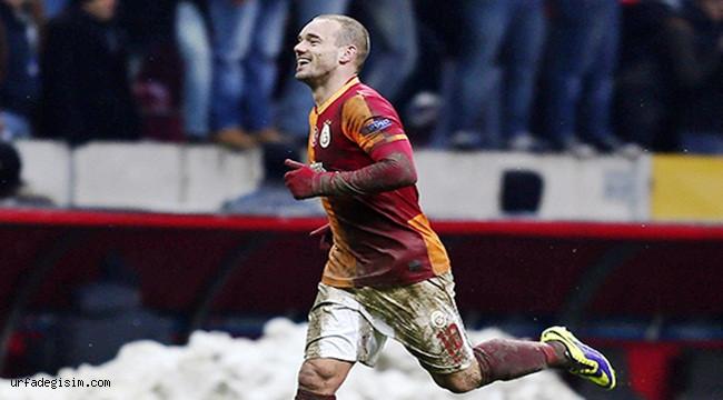 Hollandalı Yıldız Sneijder, Yeşil Sahalara Veda