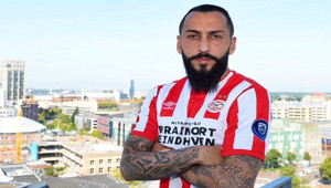 Mitroglou, PSV'nin Formasını Giydi