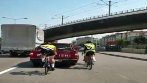 Bisikletli sürücülerinin tehlikeli yolculuğu