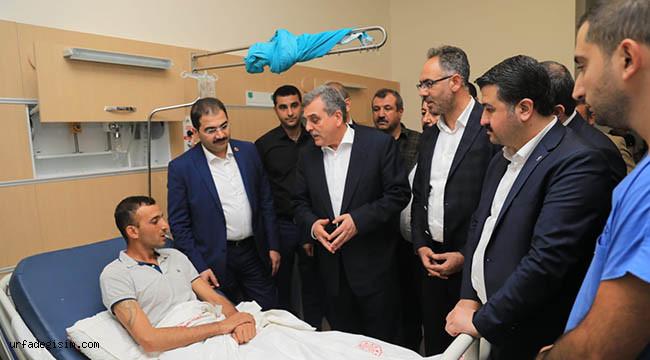 Belediye başkanlarından yaralılara ziyaret