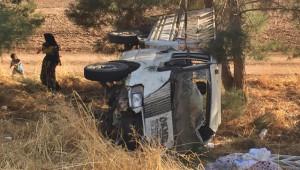 Çeyiz Götüren Araç Kaza Yaptı; 2'si ağır 4 yaralı