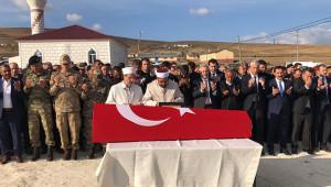 Şehit Selimoğlu köyünde toprağa verildi