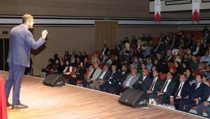 'Ahlaklı ve Güzel insanımız' konferansı