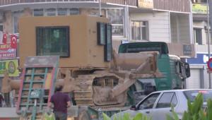Ceylanpınar'a Zıhlı Askeri İş Makinesi Sevkiyatı