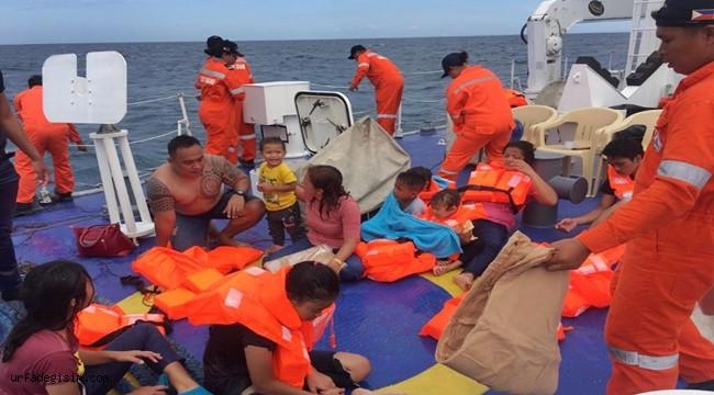 Filipinler'de Tekne Alabora Oldu