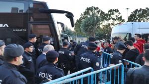 Galatasaray, Madrid'den Direkt Gaziantep'e Geldi