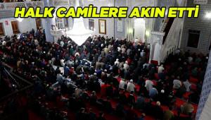 Mevlid Kandili'nde ibadethaneler doldu