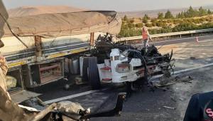 Tır şoförü uyuyakalınca ağır yaralandı