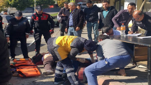 Trafik Kazası Sonrası Sopalı-Bıçaklı Kavga; 3 yaralı