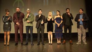 Büyükşehir tiyatro ekibine 3 ödül birden