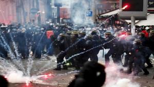 Fransa'da eylemcilerden polislere tehdit mektupları