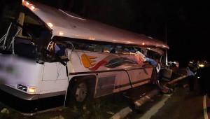 Otobüs kazası: 20 ölü, 12 yaralı