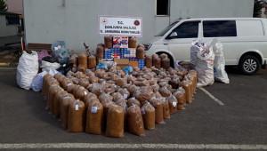 1 ton 400 kilo tütün ele geçirildi: 4 gözaltı
