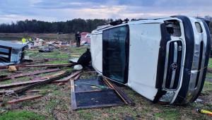 ABD'de etkili olan fırtına ve kasırga; 11 ölü