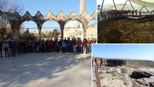 Cizre'den geldiler Urfa'nın turizm alanlarını gezdiler