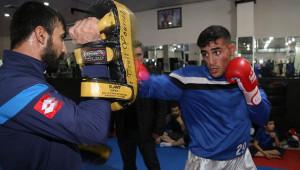 Çobanlıktan kick boks Türkiye şampiyonluğuna uzandı