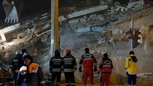 'Deprem bölgesinde bankalara olan borçlar ertelensin'