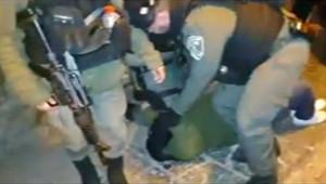 Filistinliler Mescid-i Aksa'da İsrail'i protesto etti