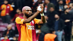 Galatasaray'da Ryan Babel, Ajax'a kiralandı