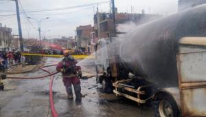Gaz yüklü tanker patladı; 2 ölü, 50 yaralı