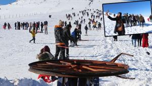 Karacadağ Kayak Merkezi'ne yoğun ilgi