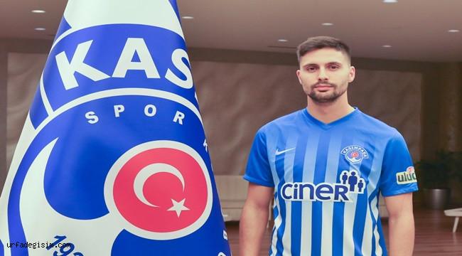 Paşa, Tarkan ile 3.5 yıllık sözleşme imzaladı