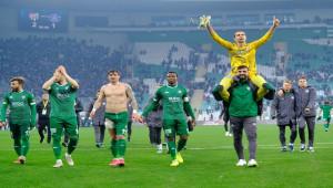 Bursaspor 2 - 1 Adana Demirspor