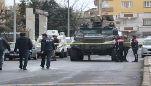 İki grup arasında silahlı çatışma; 4 yaralı