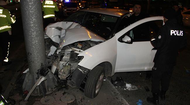 İki trafik kazası: 4'ü ağır 8 yaralı