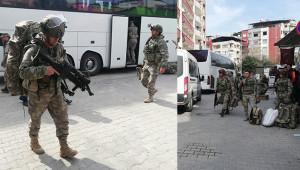 Komandolar sınıra gönderilmek üzere hazırlanıyor